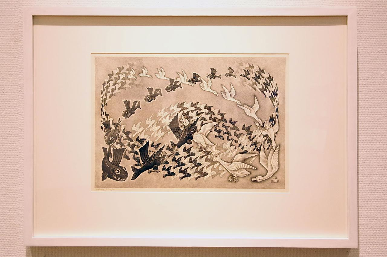 画像: 「宿命(逆さまの世界)」1951年 - photo(C)mori hidenobu -cinefil art review www.mcescher.com