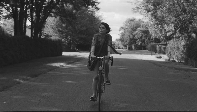 画像2: 『まどろみのニコール(原題:Tu Dors Nicole)』 (2014年、監督:ステファヌ・ラフルール)