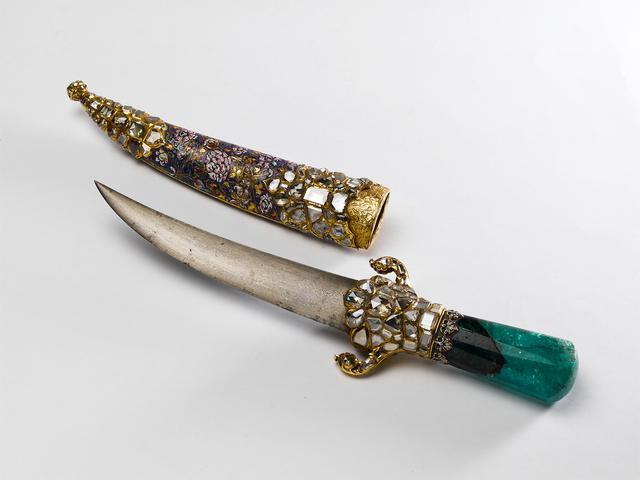 画像: 《スルタン・メフメト4世の宝飾短剣》 1664年頃 トプカプ宮殿博物館蔵