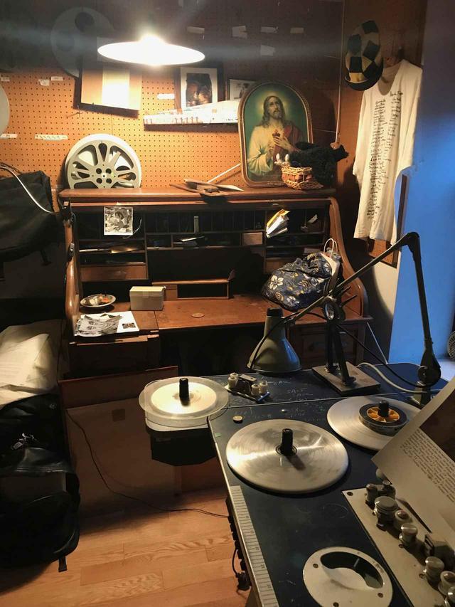 画像: ワイズマン監督のオフィス写真