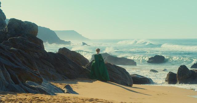 画像1: 自分の作品をさておいてグザヴィエ・ドランも大絶賛!今年のカンヌで評判を呼ぶセリーヌ・シアマ監督の『Portrait of a Lady on Fire』