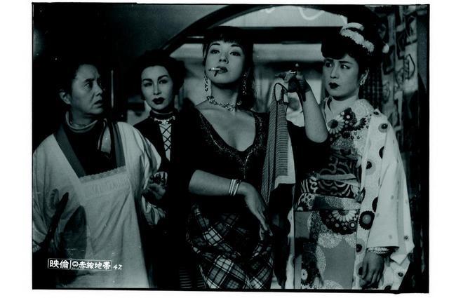 画像: 『赤線地帯』 (C)KADOKAWA1956
