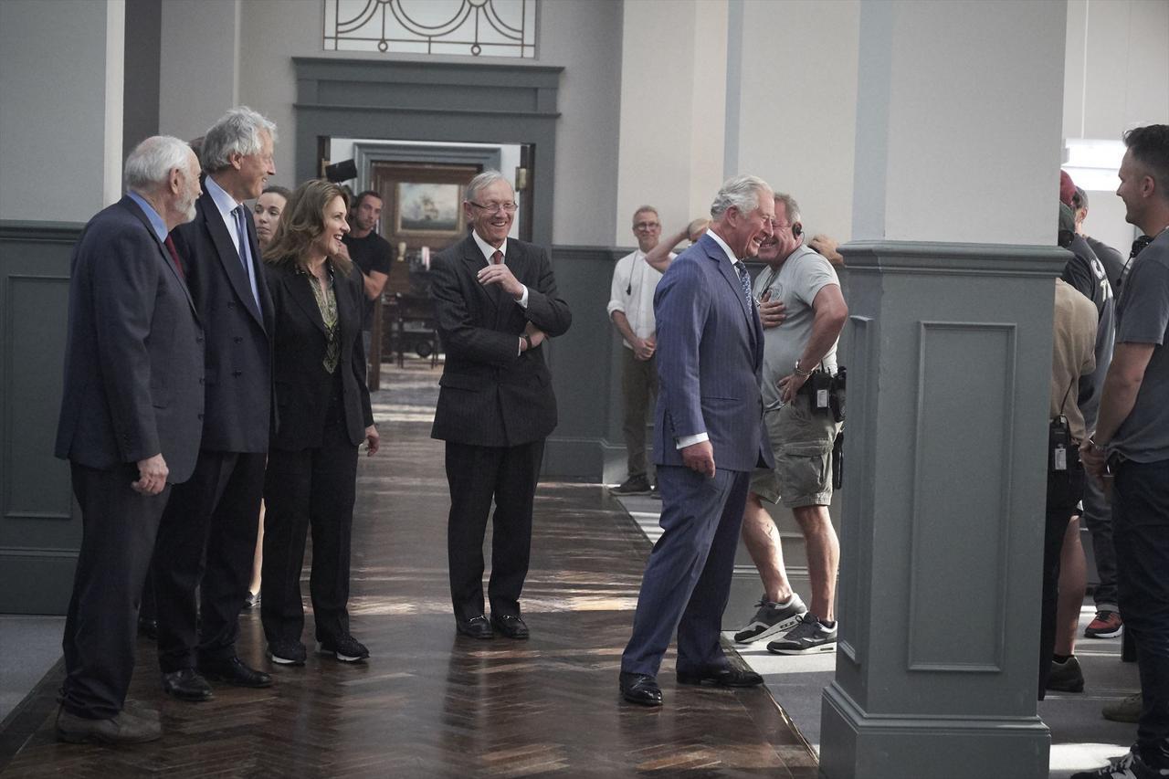 画像3: チャールズ皇太子も撮影現場に!期待高まる『BOND 25(仮題)』メイキング映像が到着!  謎に包まれていた本作が徐々に明白にー