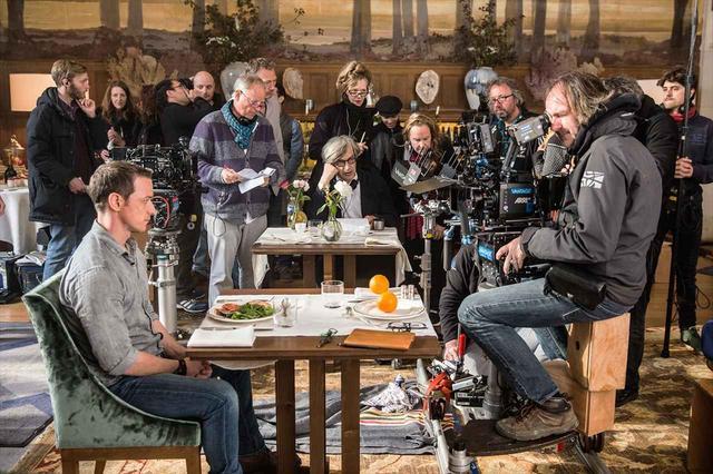 画像1: 『世界の涯ての鼓動』メイキング写真 ©2017 BACKUP STUDIO NEUE ROAD MOVIES MORENA FILMS SUBMERGENCE AIE