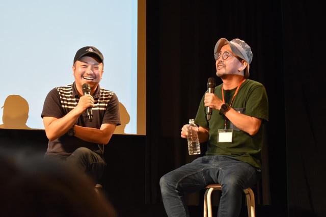 画像: 左より白石和彌監督、髙橋泉監督