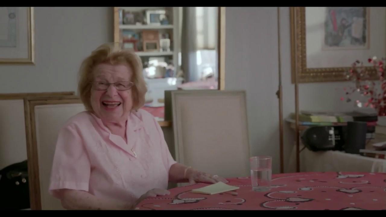 画像: 90歳の現役セックス・セラピストのポジティブで型破りな半生『おしえて!ドクター・ルース』90秒予告 youtu.be