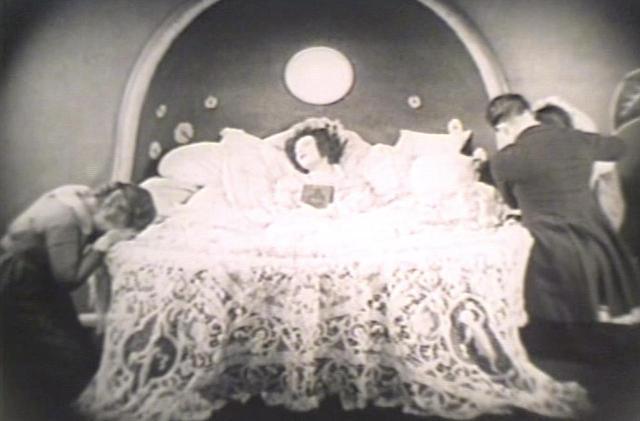 画像2: 1921年版『椿姫』