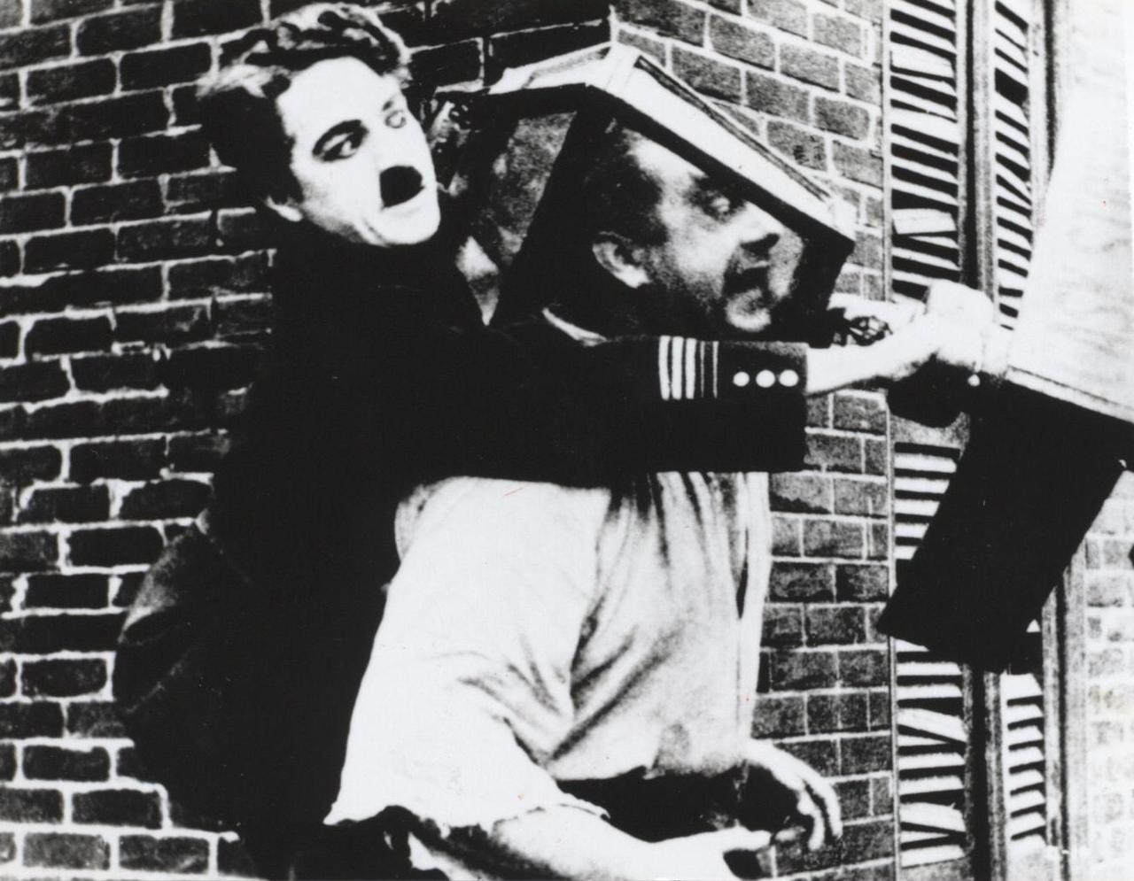 画像: 『チャップリン勇敢』(1917年/20分) 提供:(株)アイ・ヴィー・シー