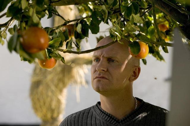 画像3: 北島博士のおもしろ映画講座 第58回-マッツ・ミケルセンが出演するオリジナル性、パッショネートさ満点の真の異色作『アダムズ・アップル』