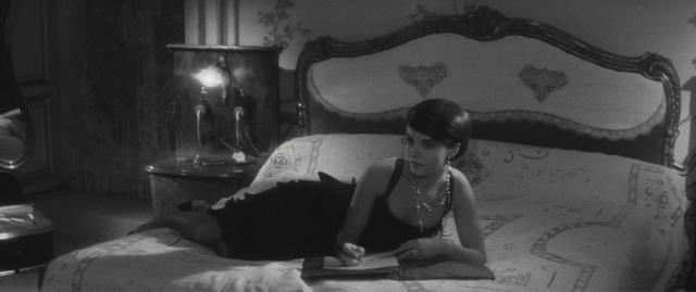 画像: リトルブラックドレス A ©1960 STUDIOCANAL - Argos Films – Cineriz
