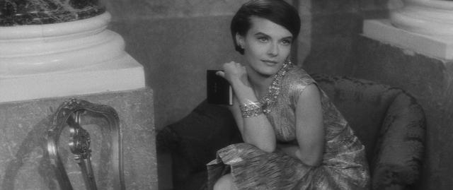画像1: ラメドレス・ノースリーブ ©1960 STUDIOCANAL - Argos Films – Cineriz