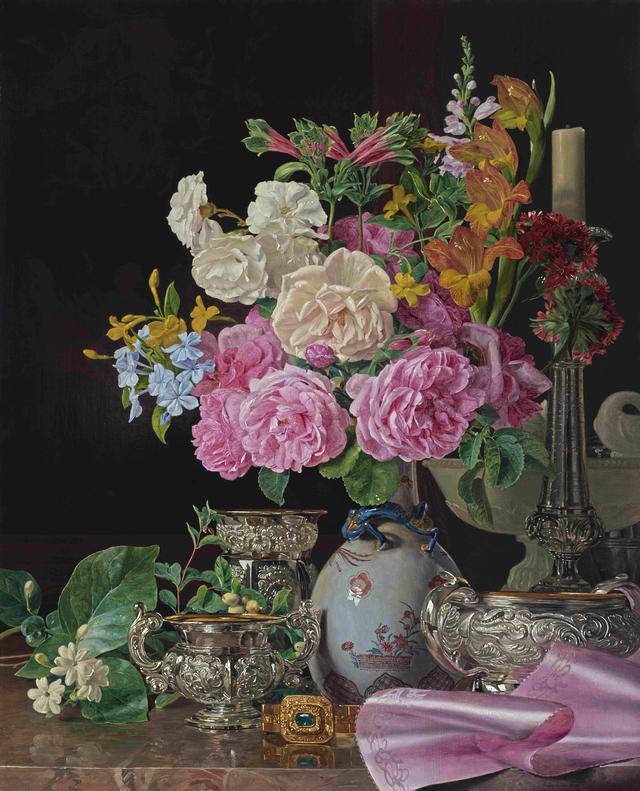 画像: フェルディナント・ゲオルク・ヴァルトミュラー 《磁器の花瓶の花、燭台、銀器》 1839年、油彩・板 所蔵:リヒテンシュタイン 侯爵家コレクション、ファドゥーツ/ウィーン ©  LIECHTENSTEIN. The Princely Collections, Vaduz-Vienna