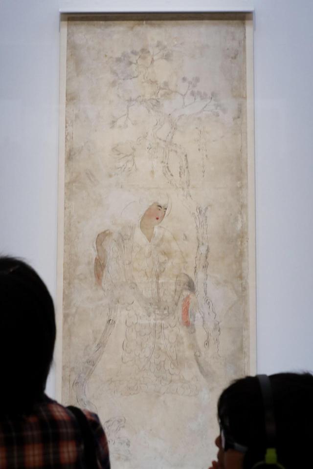 画像: 「鳥毛立女屏風」 奈良時代 天平勝宝4年から8年(西暦752-756)の間に成立 第2扇 正倉院宝物 【奈良国立博物館「第71回 正倉院展」】