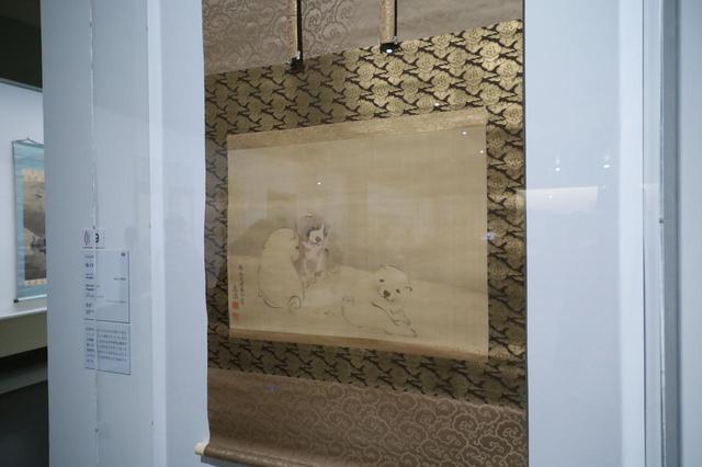 画像: 円山応挙 狗子図  江戸時代 安永7(1778)年 応挙は日本の絵画に「かわいい」を持ち込んだとも言われる