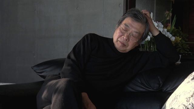 画像: 1万5千冊をデザインした装幀者・菊地信義と本をつくる人々のドキュメンタリー『つつんで、ひらいて』予告 youtu.be