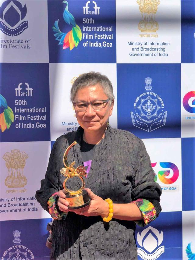 画像5: インド国際映画祭クロージング・セレモニーでは、10,000人を超える観客を前に三池監督が登壇!さらに映画『初恋』マカオ国際映画祭への出品も決定!