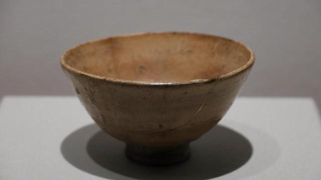 画像: 井戸茶碗 銘「瀬田」 朝鮮時代 慈照寺蔵