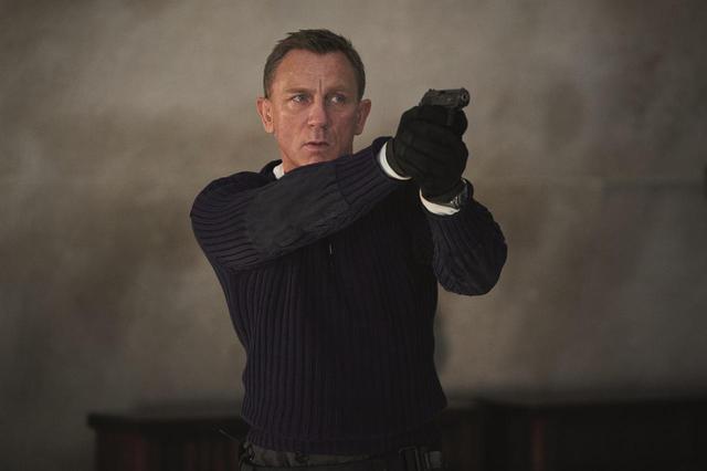 """画像1: 予告が、全世界で一斉に解禁!『007/ノー・タイム・トゥ・ダイ』ダニエル・クレイグ 最後のボンド!? ラミ・マレックがシリーズ史上""""最も危険な悪役""""にー"""