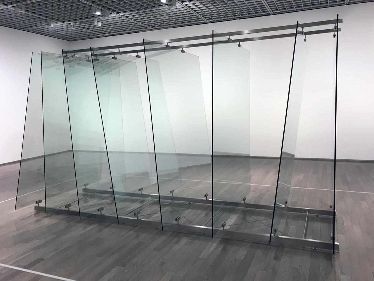画像: ゲルハルト・リヒター《8枚のガラス》 2012 ワコウ・ワークス・オブ・アート photo©saitomoichi