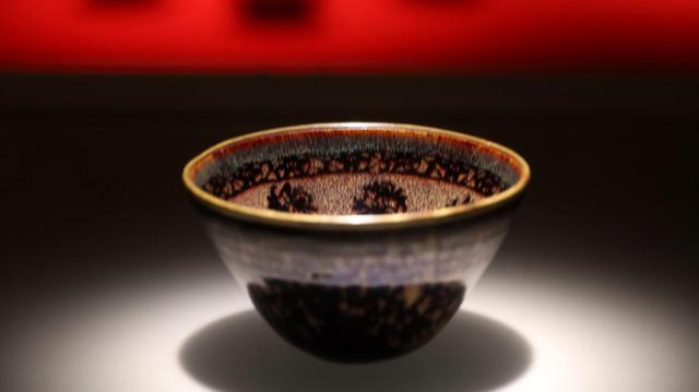 画像: 国宝・玳玻散花文天目茶碗 南宋14世紀 相国寺蔵 松平不昧旧蔵