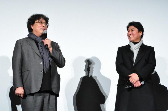 画像: 左よりポン・ジュノ監督、ソン・ガンホ。