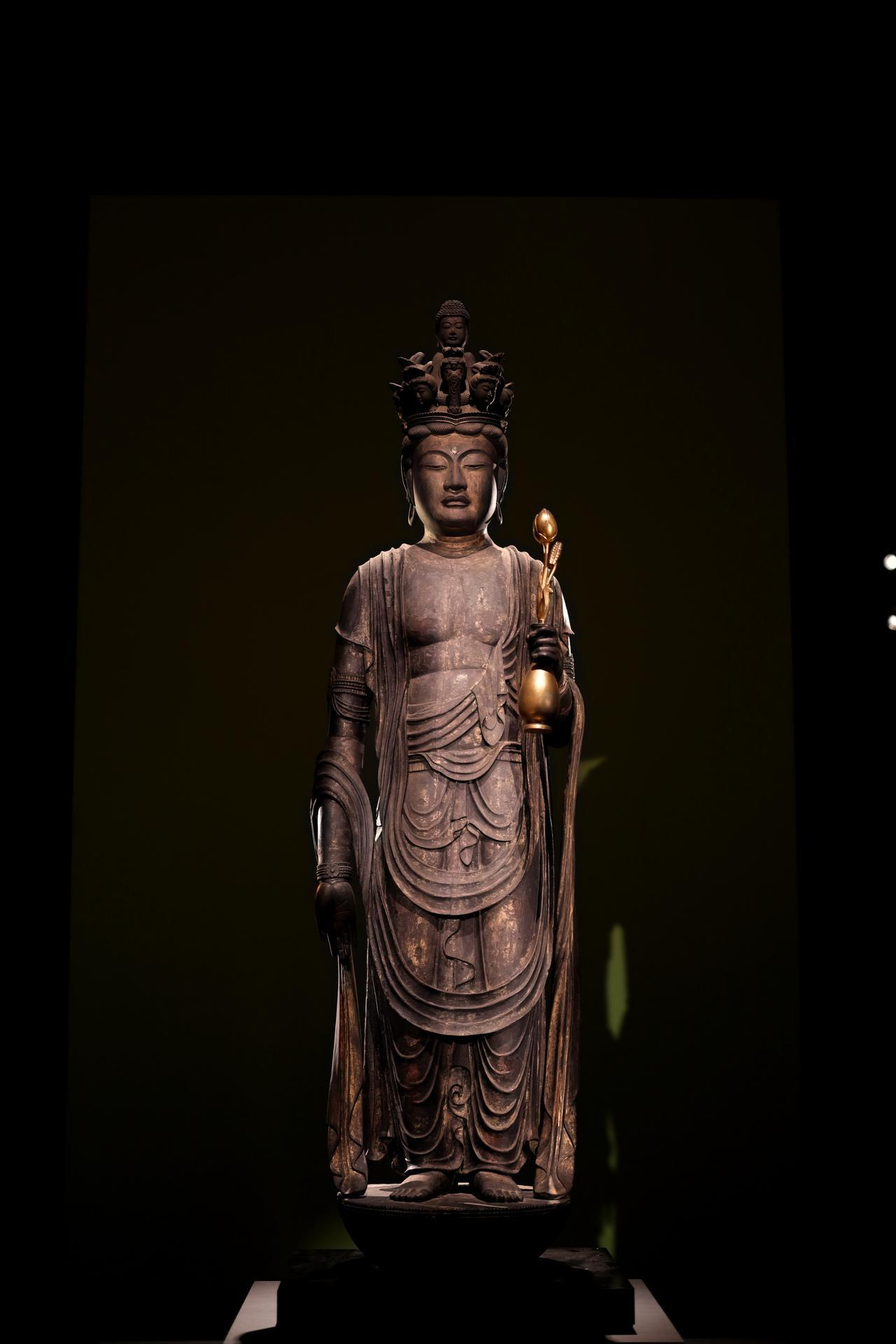 画像: 十一面観音菩薩立像 奈良時代8世紀 奈良・世尊寺 頭部が後世に補われている他はヒノキ材の一木造り