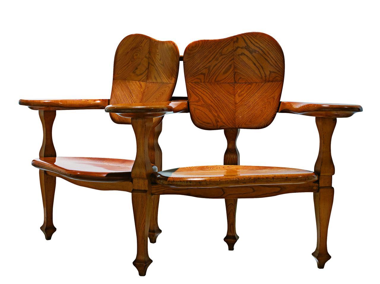 画像: アントニ・ガウディ(デザイン)、カザス・イ・バルデス工房《カザ・バッリョーの組椅子》1904-06年頃、 カタルーニャ美術館 ©Museu Nacional d'Art de Catalunya, Barcelona (2019)