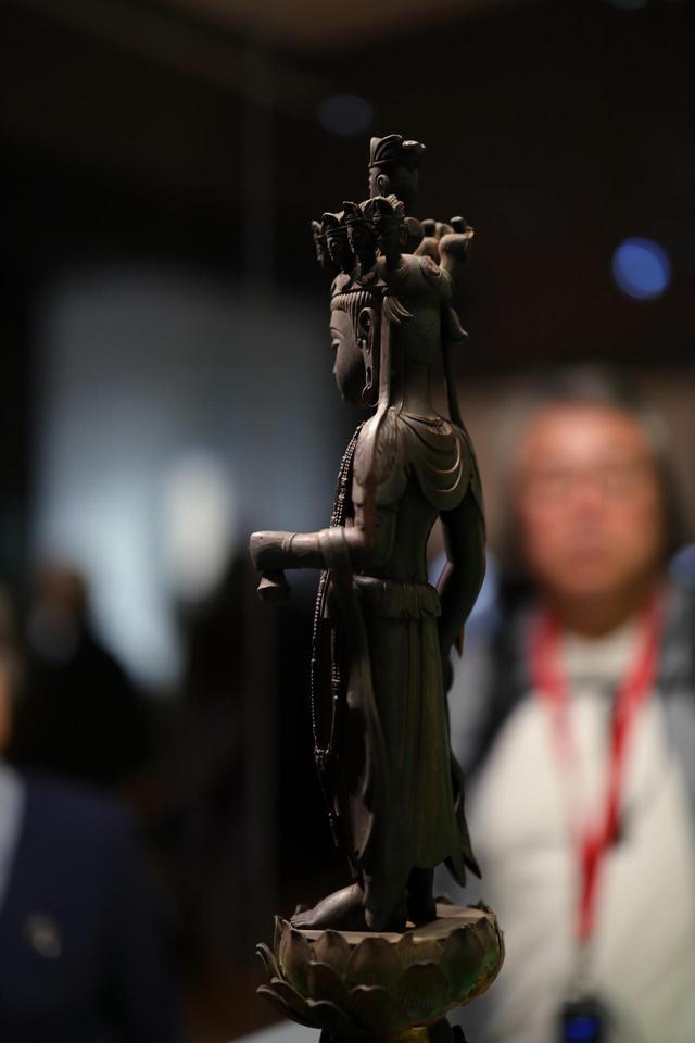 画像: 十一面観音菩薩立像 中国・唐時代7世紀 東京国立博物館 重要文化財