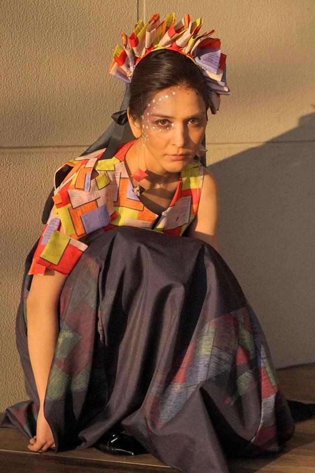 画像: 「ジョーカー」と名付けれられた衣装を着たサヘルさん