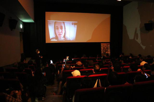 画像1: 【映画『娘は戦場で生まれた』公開初日 ワアド・アルカティーブ監督スカイプQ&A 2/29(土)シアター・イメージフォーラムにて】