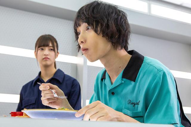 画像3: 予告❗️この怪獣、食べたらバカウマ!イカ・タコ・カニ怪獣で国立競技場を海鮮丼にせよ!バカ映画一直線の日本映画界の異端児・河崎実監督『三大怪獣グルメ』