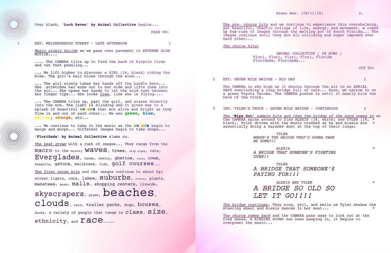 画像: オリジナル脚本と日本語注釈入り脚本
