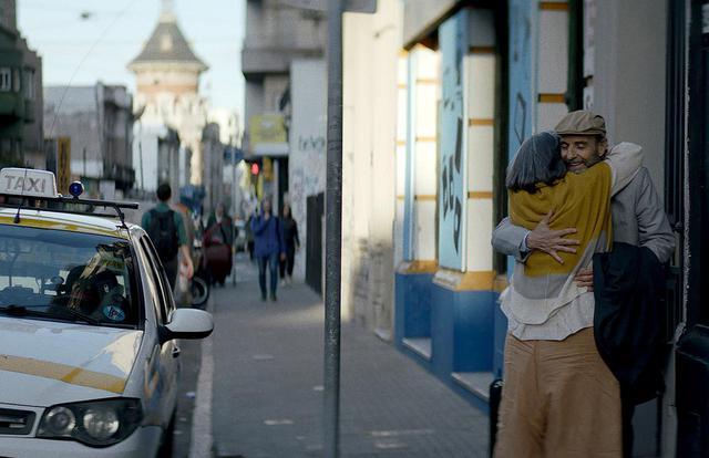 画像7: 予告!ブラジル発、「手紙の代読と代筆」からストーリーが動きだす、可笑しくて温かい愛のお話『ぶあいそうな手紙』ナレーションは人気声優・茶風林!