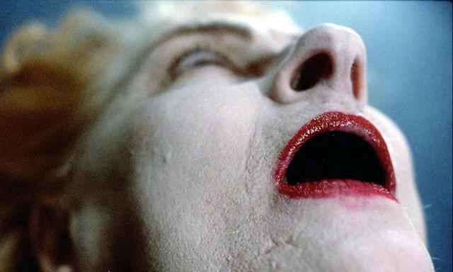 画像1: 世に放たれた狂人が、抑制不能な不安と興奮に包まれた! 実在の殺人鬼の狂った心情に迫る実録スリラー