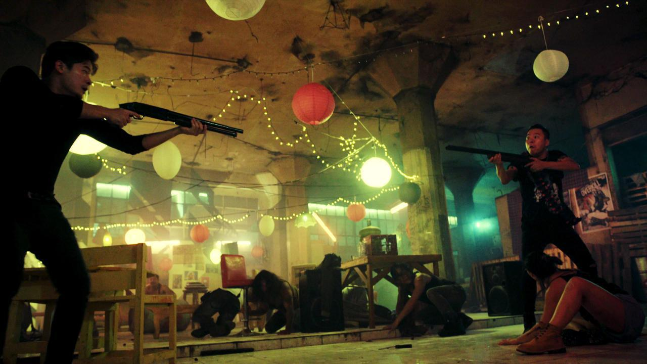 画像5: 不屈のスタントウーマンがマニラの夜を駆け巡る。 クール&ビューティな最強ニュー・アクションヒロイン誕生!