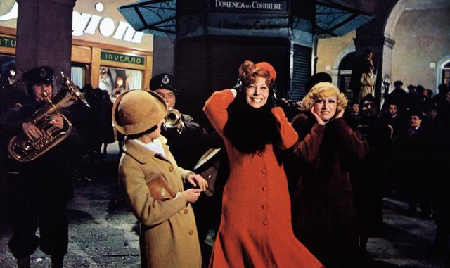 画像: © 1973 - F.C. PRODUZIONI S.R.L – PROCUCTIONS ET EDITIONS CINEMATOGRAPHIQUES FRANCAISES.