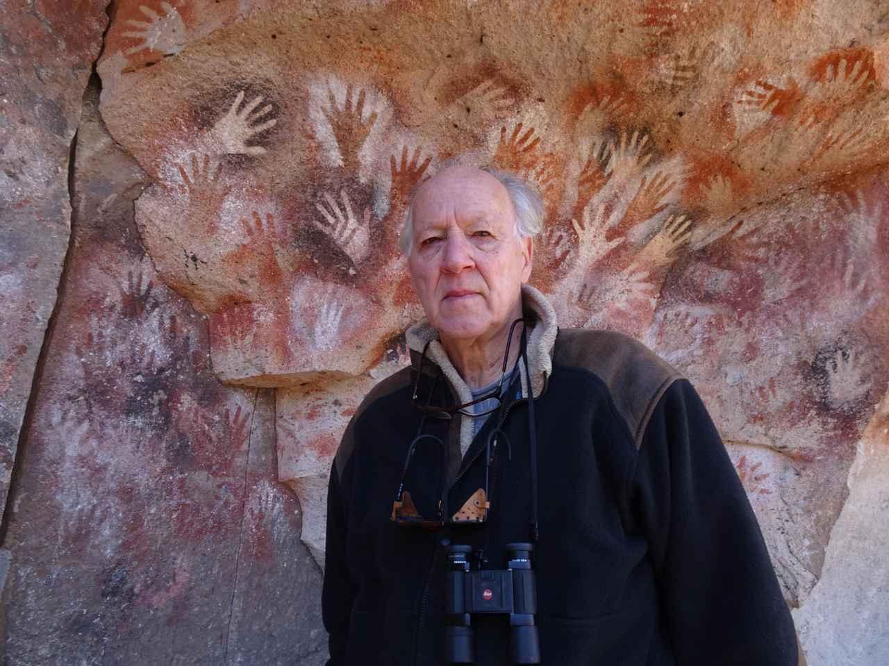 画像: Werner Herzog in NOMAD. Courtesy of Music Box Films.