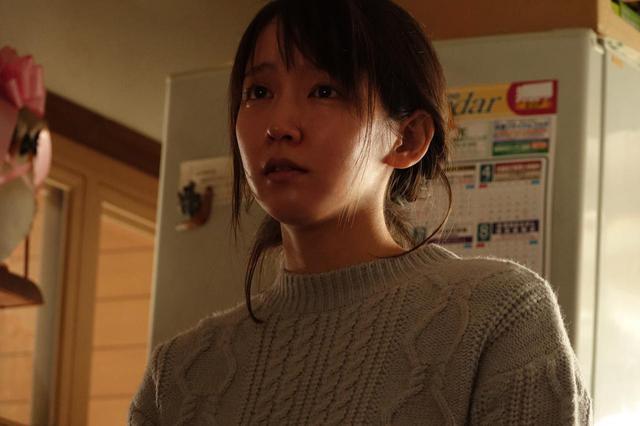画像: 吉岡里帆 ©2020「泣く子はいねぇが」製作委員会