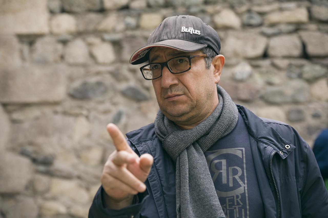 画像1: ユスプ・ラジコフ監督