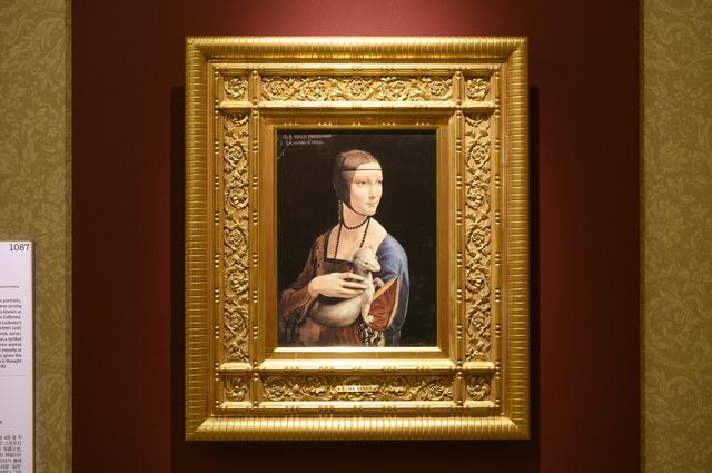 画像: 「白貂を抱く貴婦人」レオナルド・ダ・ヴィンチ