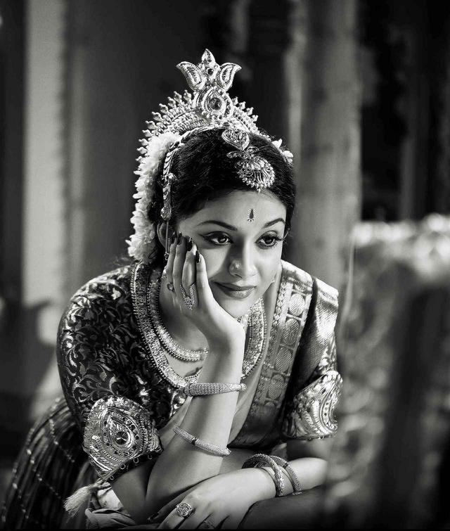 画像: 『伝説の女優 サーヴィトリ』 (原題:NADIGAIYAR THILAGAM / 2018年/タミル語) ※日本初上映