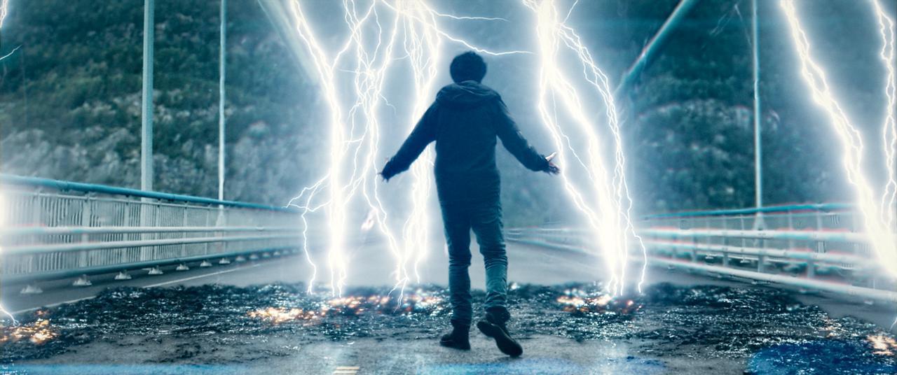 画像2: © 2020 Mortal AS & Nordisk Film Production AS. All rights reserved.