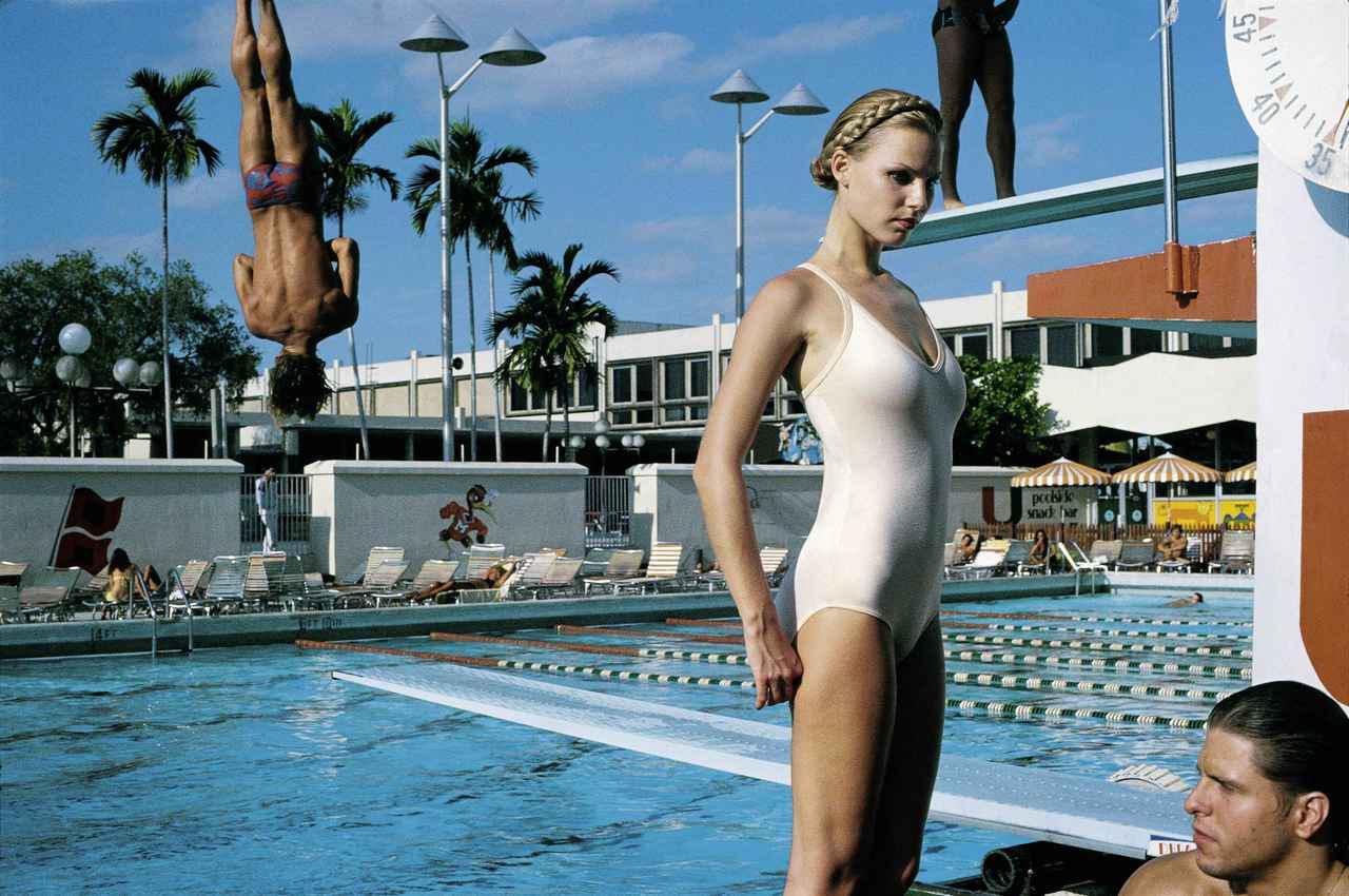 画像: Arena, Miami, 1978 ©️ Foto Helmut Newton, Helmut Newton Estate Courtesy Helmut Newton Foundation
