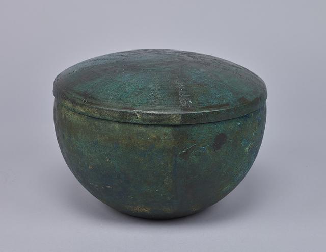 画像: 重要文化財 伊福吉部徳足比売臣骨蔵器 710(和銅 3)年 東京国立博物館蔵 Image:TNM Image Archives