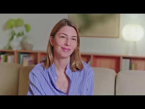 画像: 最新作『オン・ザ・ロック』を語ったソフィア・コッポラ監督インタビュー youtu.be