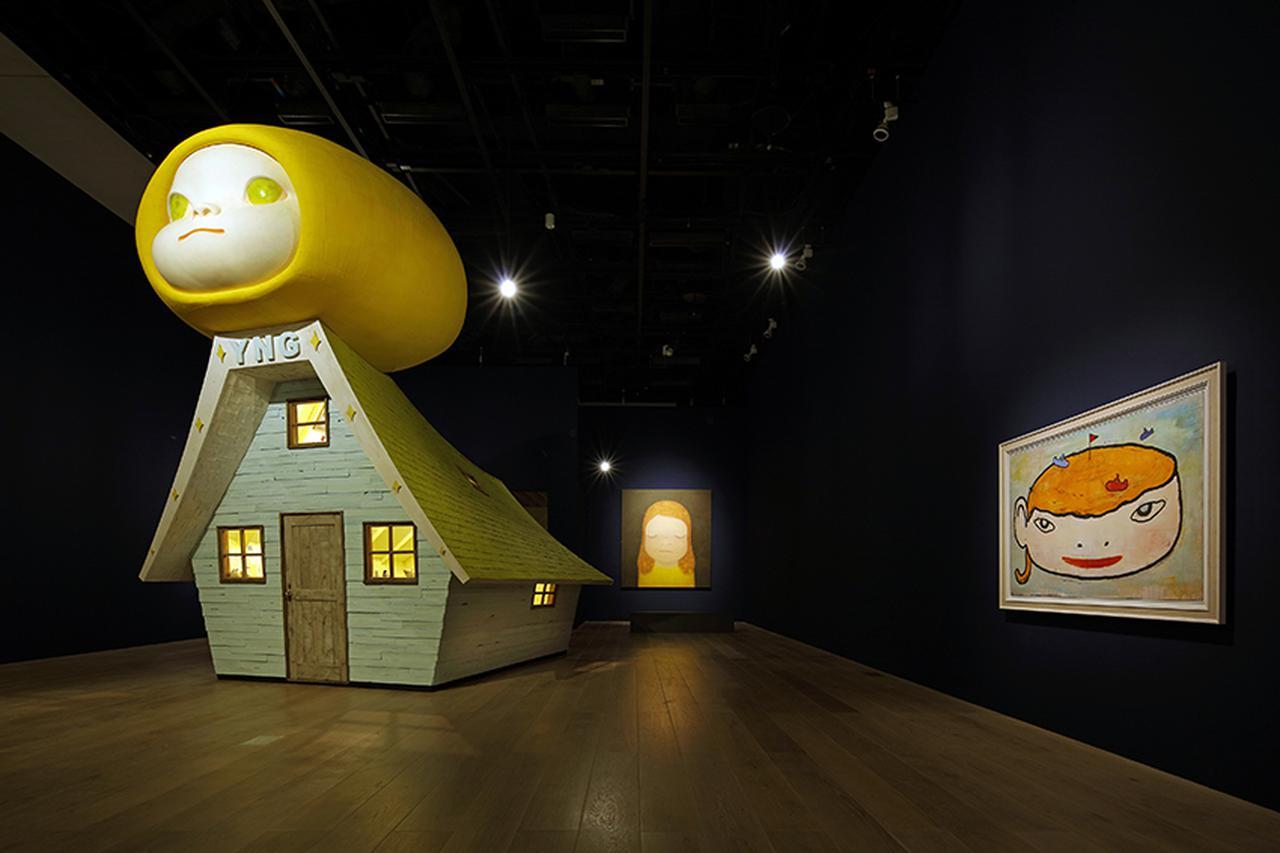 画像: 奈良美智 展示風景:「STARS展:現代美術のスターたち―日本から世界へ」森美術館(東京)2020年 撮影:高山幸三 画像提供:森美術館 Yoshitomo Nara Installation view: STARS: Six Contemporary Artists from Japan to the World, Mori Art Museum, Tokyo, 2020 Photo: Takayama Kozo Photo courtesy: Mori Art Museum, Tokyo