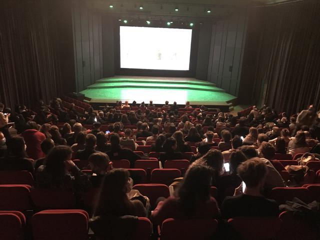 画像1: スイス・ローザンヌ映画祭オープニング上映作として選出された山本政志監督『脳天パラダイス』-現地レポート&監督コメント到着!