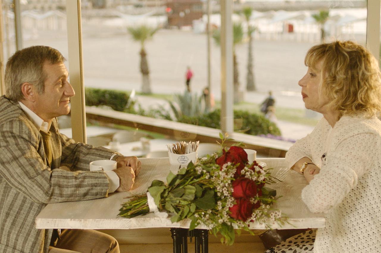 画像3: 名匠フェリーニ作品のビジュアルが 30 年の時を経て『声優夫婦の甘くない生活』版にリメイク! 映画愛溢れる『ボイス・オブ・ムーン』版ビジュアル解禁