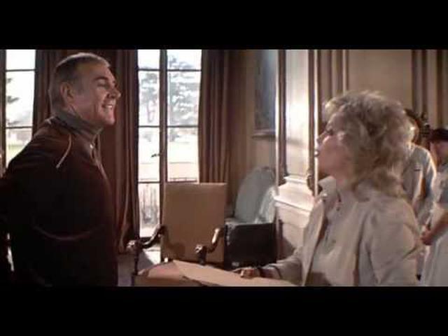 画像: 007 Never Say Never Again Theatrical Trailer youtu.be