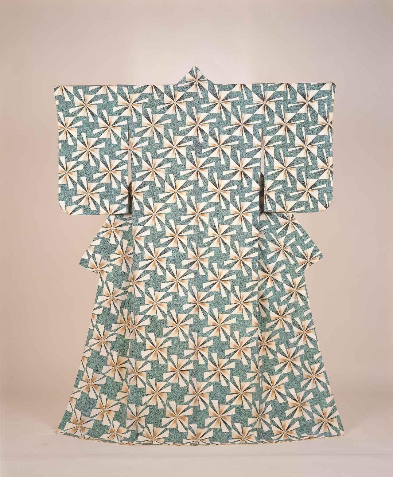 画像: 森口邦彦 《友禅着物「白雨」》 1970年 群馬県立近代美術館蔵